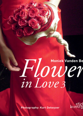 Cover_Flowers_in_love_3.indd.ps, page 1 @ Normalize